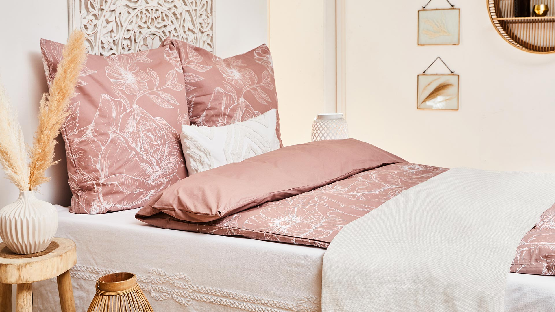 Bett-Styling: Pink